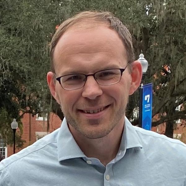 Neil Weijer, Curator