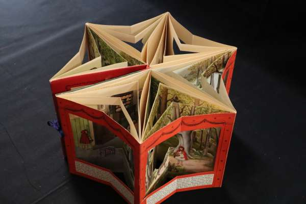A Carousel Book of Little Red Riding Hood (c1950)